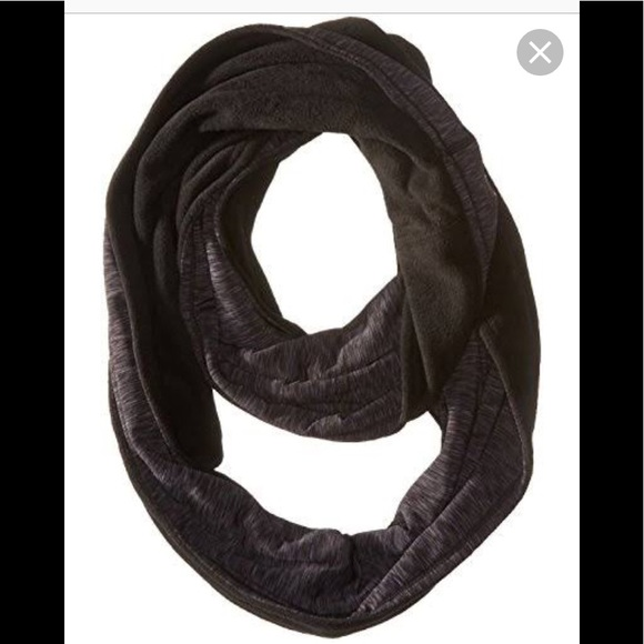5c8aff6f74925 Cuddle duds reversible infinity scarf